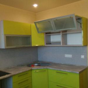 Кухня на заказ - фисташковый фасад