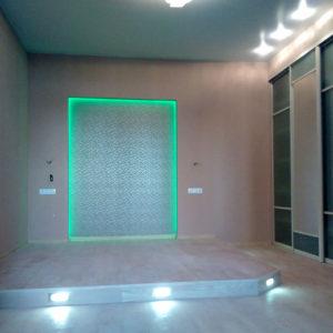Ремонт квартир - спальная комната с подиумом